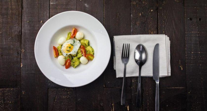 5 pomysłów na późną kolację (bez wyrzutów sumienia)