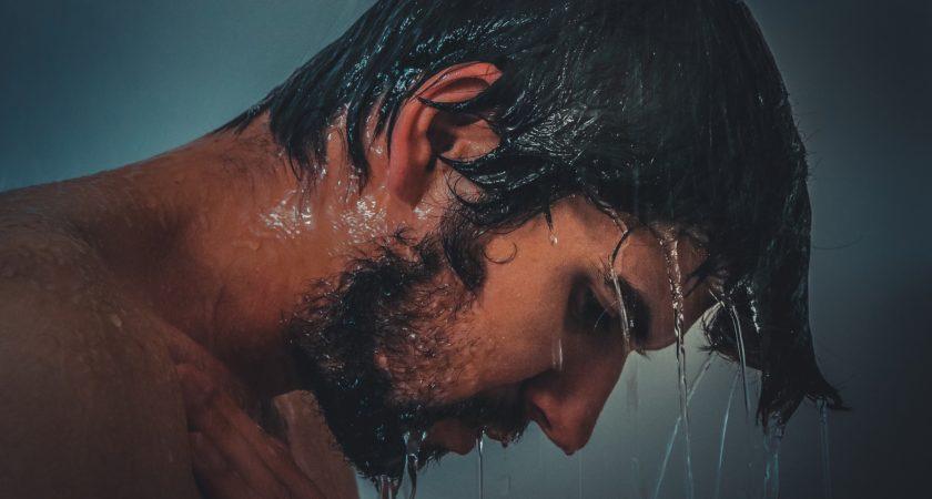 FOLLIXIN – preparat na wypadanie włosów – efekty, cena, opinie, skład