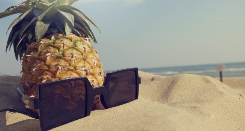 Jak zdobyć plażowe ciało? – zestaw ćwiczeń do wykonania na plaży